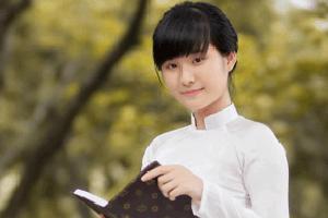 hoc sinh gioi thumnail - Soạn bài Đồng Chí Chính Hữu trong Ngữ Văn 9
